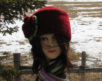 Hollyberry Red Natashia Knit Felt Hat Boxy Crusher Crocheted Flower Pin