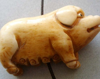 Ox Bone Carved Lovely Pig Amulet Pendant Bead 35mm x 20mm  T1770