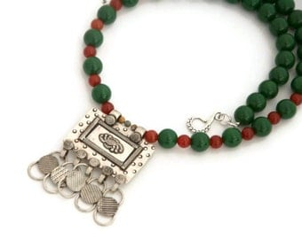 Tribal necklace - green bead necklace -beaded tribal jewelry - ethnic necklace - afghan pendant
