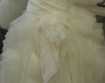 Vera Wang inspiration Diana wedding dress size 8...availabe ivory