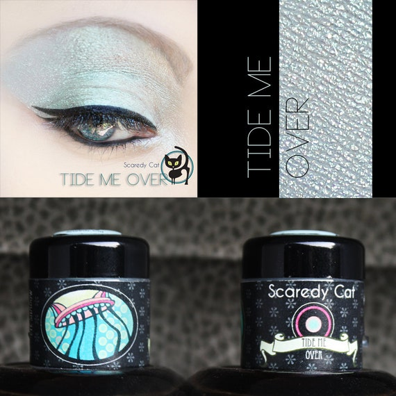 Glitter Eye Shadow - Blue- Vegan - Loose Mineral Pigment Eyeshadow - Scaredy Cat  - TIDE ME OVER - 5 mL Sifter
