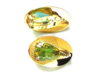 Vintage Whiting and Davis Peridot Art Glass, Faux Tourmaline Clip Earrings