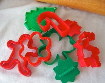 Vintage Cookie Cutter Set Red and Green Plastic 1980s