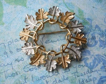 1960's SARAH COVENTRY Two-Tone Leaves Brooch