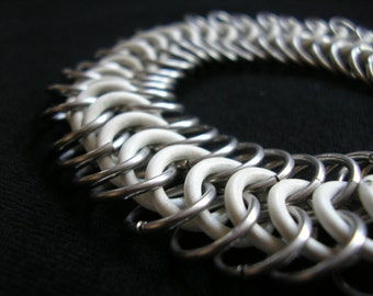 White & Steel Stretchy Chainmaille Bracelet