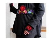 Slate grey boucle woolen  sweater with belt, cap, and mittens with Kalocsai hungarian folk motifs