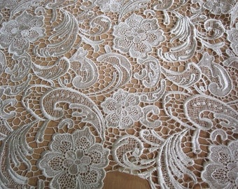 Graceful Ivory Venice Lace Fabric Crocheted Hollowed Out Fabric 35 Inches Wide 1/2 Yard For Wedding Dress Veil Costume Supplies
