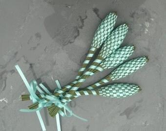 Lavender Wands - Aqua Blue Medium Baton Lavandula 'Provence'