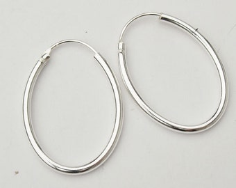 1 pair of 925 Sterling Silver Oval  Hoop Earrings 20x27mm. :er0530