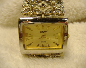 Vintage 1980s GNW Quartz Watch