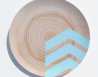 "Modern Wood Simple Chevron 10"" Melamine Plate, Caribbean Blue"