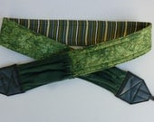 """NEW  """" Outdoorsman-Leaves and Grass """" camera strap, reversible, 2 expandable pockets with stretchable elastic"""