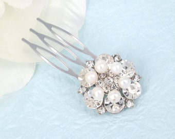 Dainty - Vintage Style Rhinestone Crystals Wedding Bridal Comb