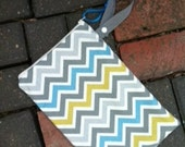 "Small Hanging Wet Bag for Cloth Diapers Zipper Top Multi Chevron 9""x12"""