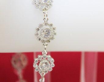 Crystal Setting Flower Wedding Bracelet, Bridal Bracelet, Mother of the Bride, Mother of the Groom, Wedding Bracelet