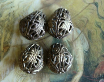 4 Vintage Old Brass SUPERB Teardrop Detailed Filigree Beads
