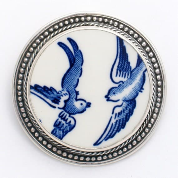 Broken China Jewelry Blue Willow Love Birds Sterling Circle Pin Brooch