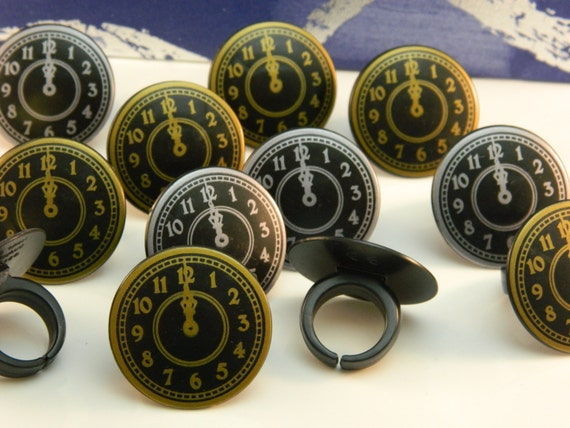 New Years Clock Rings/ Cupcake Toppers/ Decorations