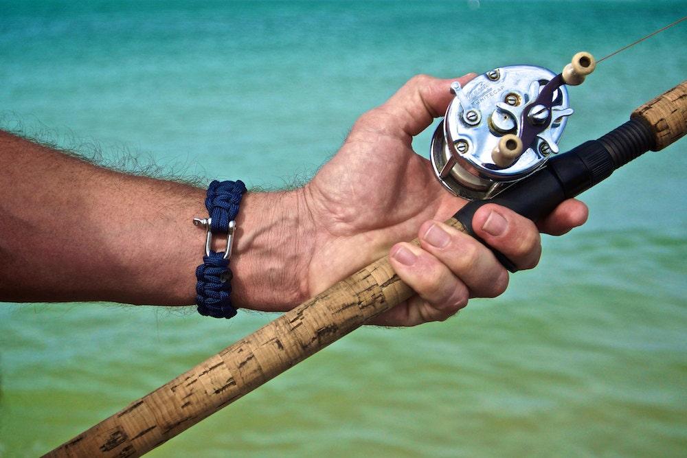 Mens bracelet nautical bracelet fishing beach bracelet mens for Mens fishing bracelet