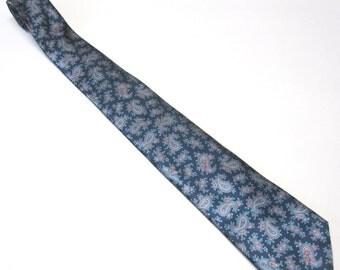 Blue Pink Silver Paisley Necktie Vintage Geoffrey Beene Neck Tie
