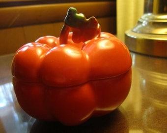 Vintage Royal Bayreuth Tomato Small Condiment Covered Dish Bavarian