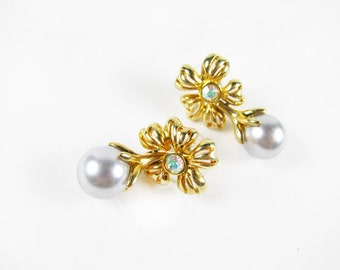 Vintage Flower Earrings with Aurora Borealis Rhinestones, Vintage Bridal  / Vintage Wedding AR Rhinestone Earrings - Boucles d'Oreilles.