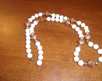 vintage necklace white gold lucite beads