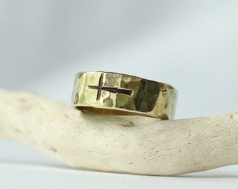 14k Gold Sideways Cross Ring Gold