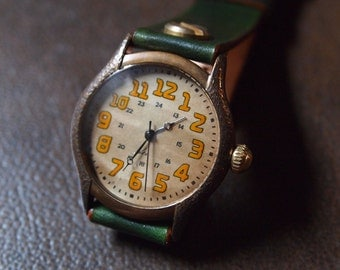 Vintage Retro Steampunk Handmade Wrist Watch with Leather Band /// Retrotoko - Perfect Gift for Birthday, Anniversary