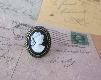 Cameo vintage style ring - antique bronze adjustable size ring