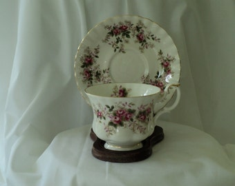 """Vintage Tea Cup Royal Albert """"Lavender Rose"""" Teacup/teacup"""