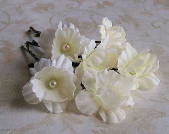 Ivory Mini Flower Hair Pins - Set of Six Flower Bobby Pins - Pearl Centers - Made to Order Small Ivory Wedding Flower Hair Pins