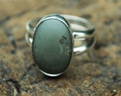 Green Beach Stone - Organic Green Ring