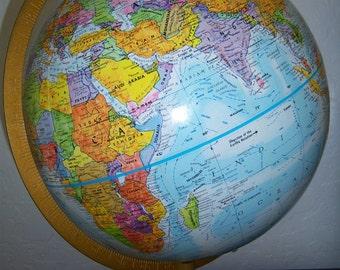 Vintage, Like New Rotating 12 inch World Globe