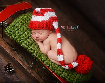 Newborn Santa Hat, Newborn Photo Prop, Long Tail Hat, Newborn Christmas Prop, Newborn Pom Pom Hat, Stocking Cap, Infant Santa Hat, Baby Elf