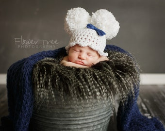 Newborn Pom Pom Hat, Newborn Photo Prop, Hat With Bow, Newborn Girl Hat, Crochet White Hat, Newborn Pom Pom Hat, Hat With Bow, Girly Hat
