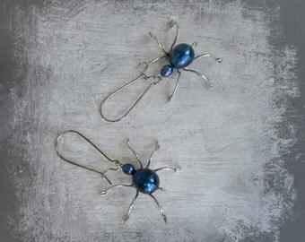 Spider Earrings, Halloween Earrings, Spider Jewelry, Halloween Jewelry, pearls spider halloween earring, freashvater pearl, halloween spider