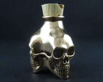 Skull Bottle - Bronze Three Skull Bottle