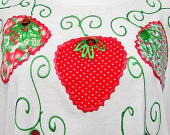 vintage 80s applique strawberry and puff paint tshirt  2x wet paint made in usa
