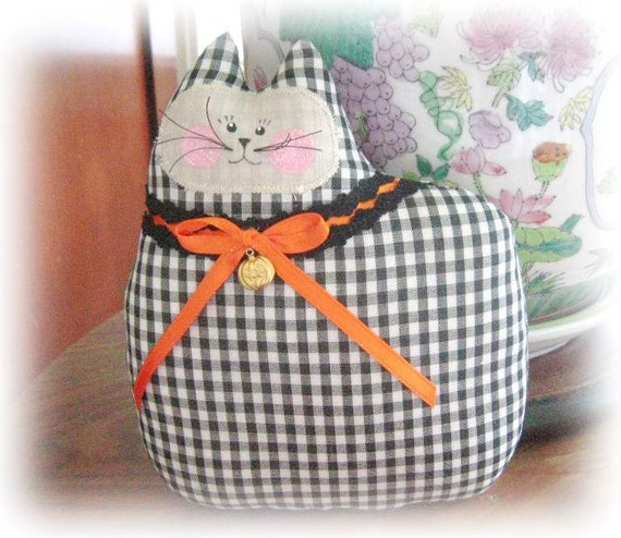 Halloween Cat, Cat Pillow, Cat Doll, Cloth Doll 7 inch GINGHAM, Primitive Soft Sculpture Handmade CharlotteStyle Decorative Folk Art