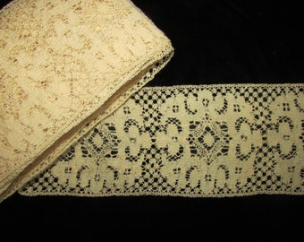 Vintage  Wool Lace, Vintage Wool Edging, Country Lace, Antique Wool Lace