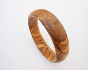 Wooden bracelet  / Wooden bangle / Olive Wood Bracelet / Gift for her