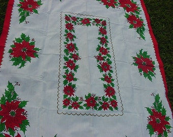 Vintage Poinsettia Christmas Table Cloth    428
