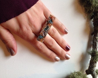 Chalsopyrite and aventurine deuce ring