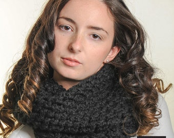 Chunky Black Lace Cowl