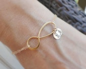 Personalized infinity bracelet, mothers bracelet, grandmother gift, Mother of the Bride or Mother of the Groom gift,  Initial bracelet