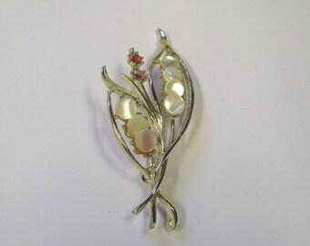 Vintage Red Rhinestone Mother of Pearl Leaf Brooch in Gold tone Metal