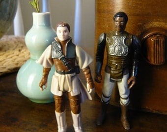 Pair of Vintage Star Wars Return of the Jedi Action Figures Leia Boushh and Lando