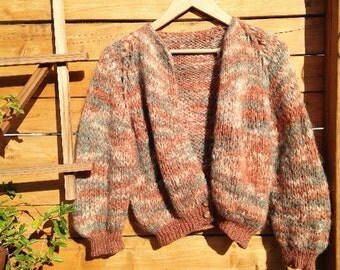 Vintage shrunken sweater cardigan in crop length, hand knit, multi color, space dye, size fits S M