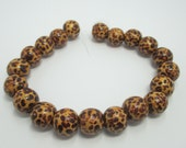 De-stash Animal Print Wood Beads 14mm Item 015